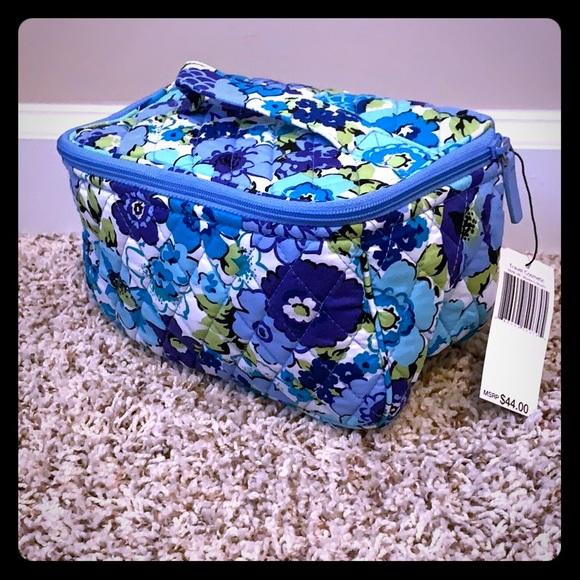 Vera Bradley Handbags - 🆕 Vera Bradley Blueberry Blooms Travel Cosmetic